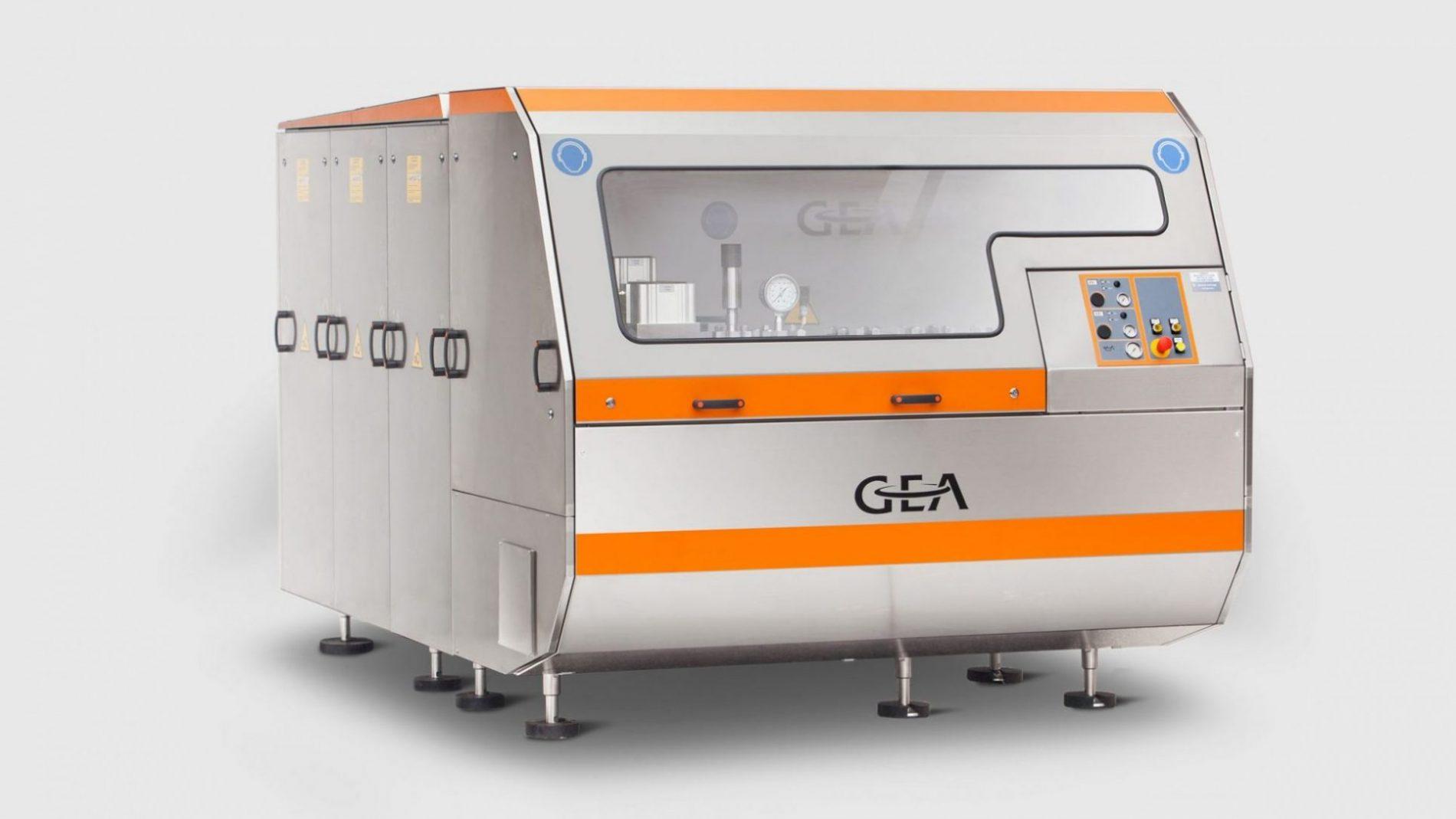 هموژنایزر - هموژنایزر صنعتی - هموژنایزر صنعت غذا - هموژنایزر صنعت دارو - هموژنیزاسیون - هموژنیزاسیون شیر - هموژنیزاسیون محصولات لبنی - هموژنیزاسیون آبمیوه - GEA - Ariete Homogenizer 5400 - homogenizer -
