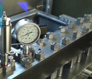 هموژنایزر - هموژنایزر صنعتی - هموژنایزر صنعت غذا - هموژنایزر صنعت دارو - هموژنیزاسیون - هموژنیزاسیون شیر - هموژنیزاسیون محصولات لبنی - هموژنیزاسیون آبمیوه - GEA - Ariete Homogenizer 5400 - homogenizer - فشار - کنترل فشار دستگاه - فشار هموژنایزر -
