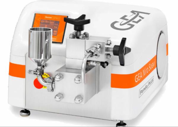 GEA Niro Soavi - GEA - homogenizer - هموژنایزر - دستگاه هموژنایزر - هموژنایزر GEA - PandaPLUS 2000 - هموژنایزر آزمایشگاهی - هموژنایزر صنعتی - hand wheel -