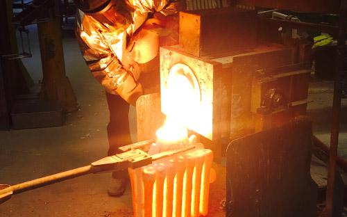 ریخته گری کم فشار ، ریخته گری ، پیش گرم سازی جریان فلز ، مراحل فرآیند اساسی ریخته گری ، ماشین کاری چدن خاکستری ، ماسه سیلیکاتی ، خاک رس ، شکل دادن فلزات و آلیاژها ، Permanent Molds ، Expendable Molds ، قالبهای فلزی ، ریختهگری در قالب فلزی ، ریختهگری در قالب فلزی با فشار بالا ، ریختهگری در قالب فلزی با فشار پایین