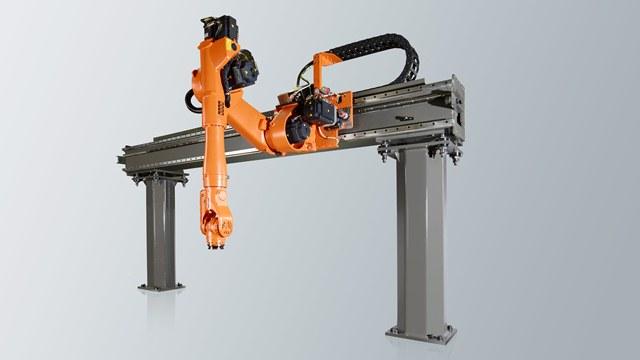 ربات چرخ دار ، ربات پا دار ، ربات نرم افزاری ، ربات پروازی ، ربات شناگر ، ربات کشسانی نرم ، ربات ماژولار ، ربات گروهی ، میکرو ربات ، نانو ربات ، ربات گانتری ، ربات کارتزین ، ربات استوانه ای ، ربات کروی ، ربات اسکارا ، ربات موازی ، هوش مصنوعی ، انواع ربات هوشمند ، ربات سقفی ، ربات دیواری