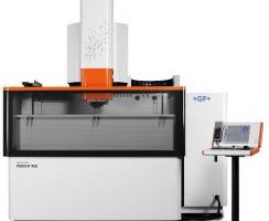 دستگاه سی ان سی اسپارک مدل FORM P 900 محصول شرکت GF