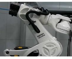 ربات KR1000TITAN محصول شرکت کوکا