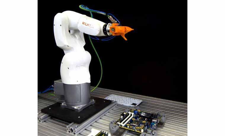 ربات KR3AGILUS محصول شرکت کوکا